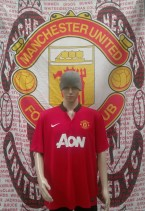 2013-2014 Manchester United Official Nike Football Shirt (Youths 10-12 Years)
