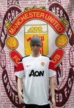 2010-2011 Manchester United Official Nike Football Shirt (Youths 12-13 Years)