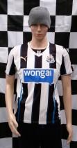 2013-2014 Newcastle United Puma Football Shirt (Adult Small)