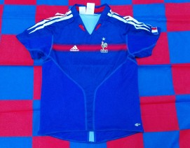 2004-2006 France Official Adidas Football Shirt (Youths 9-10 Years)