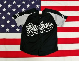 New York Yankees Majestic Baseball Jersey (Youths 8 Years)