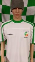 2002 Republic of Ireland Umbro Football Shirt (Adult Large)